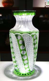 玻璃工艺品绿纹网格瓶