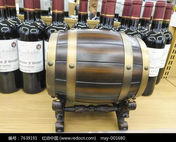 红酒橡木桶图图片