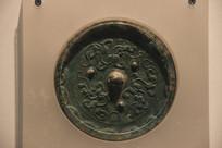 汉代三龙纹镜