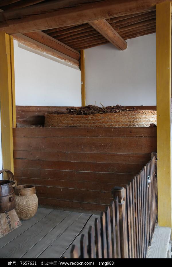 古代家用粮仓图片