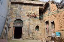 豫西石头墙土窑洞图片