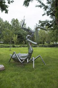 不锈钢螳螂雕塑