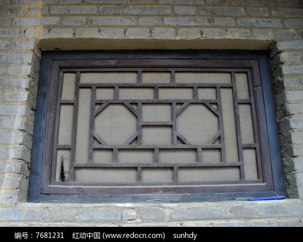 木质窗棂摄影图片