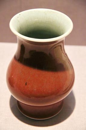 清代郎红窑瓷瓶