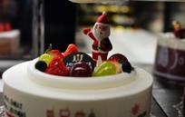 圣诞老人与水果