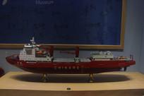 雪龙号科考船模型