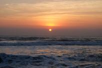 海水与霞光