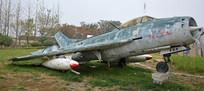 废弃的老式轰炸机