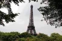 深圳世界之窗高耸的埃菲尔铁塔