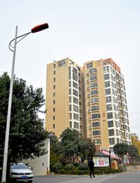 城市底层楼房建筑摄影