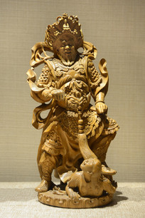 木雕增长天王