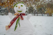 雪地里的雪人