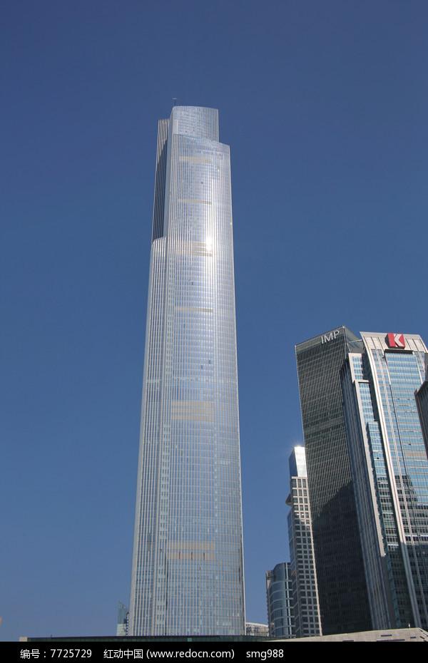 广州周大福中心大楼图片