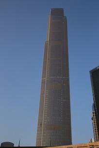 广州周大福中心大厦
