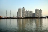 高楼大夏江景建筑风光图片