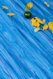 蓝色欧式地板竖构图