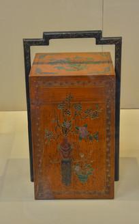 实木刻花描瓶食盒