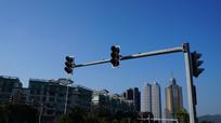 十字路口的红绿灯