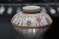 清乾隆时期喜乐瓷碗
