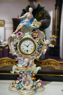 西洋风格女神天使瓷雕钟