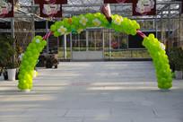 草莓气球拱门