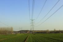高压输电铁塔