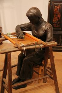 广绣工艺女孩雕像