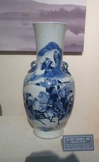 三峡博物馆展品长坂坡救主瓷瓶