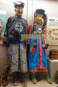 新巴尔虎蒙古族服饰