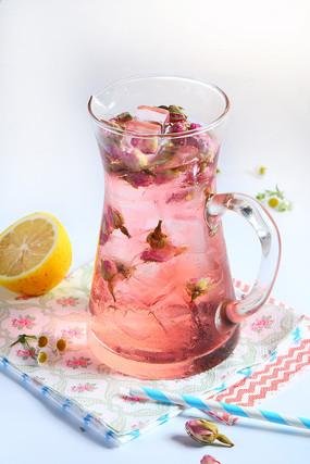 玫瑰柠檬茶饮品
