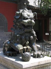法源寺铜狮子