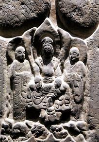 石雕三佛像