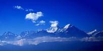 云升起的地方