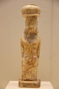 公元前1世纪卡耶特法奥彩绘石灰岩女性石雕像