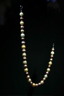 卡塔尔珍珠项链