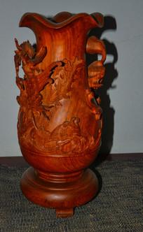 梨花木雕刻牧羊花瓶