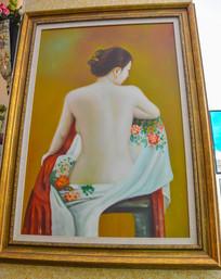 立体油画背对的女人