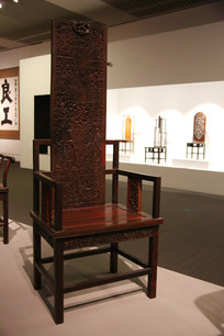 超高靠背实木雕花靠背椅