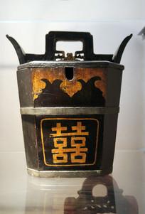 民国时期红喜字朱砂红木桶