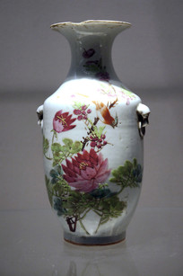 民国时期花鸟纹瓷瓶