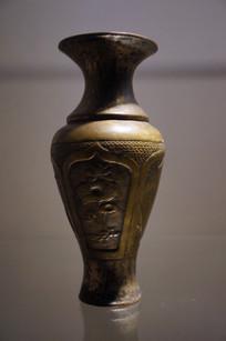 民国时期嵌银丝铜瓶