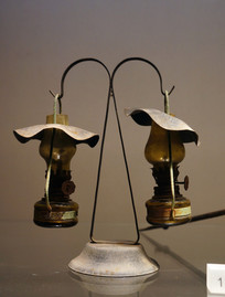 民国时期双挂玻璃精致油灯