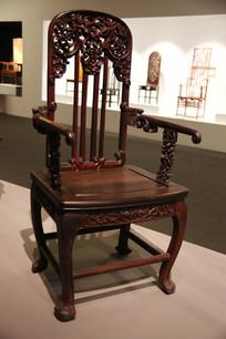 实木雕花靠背椅