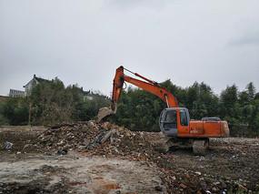 拆迁工地挖掘