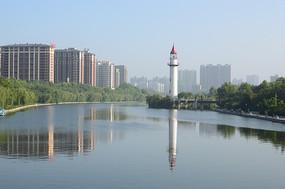 河流与灯塔
