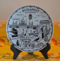 匈牙利著名景点黑白绘画瓷盘
