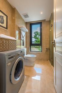 洗衣机卫生间