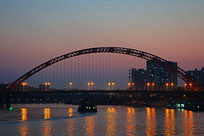 武汉晴川桥灯光夜景