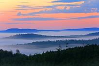 龙岩山林海朝霞云雾景观