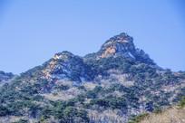 千山唐代古城山峰山脉雪景